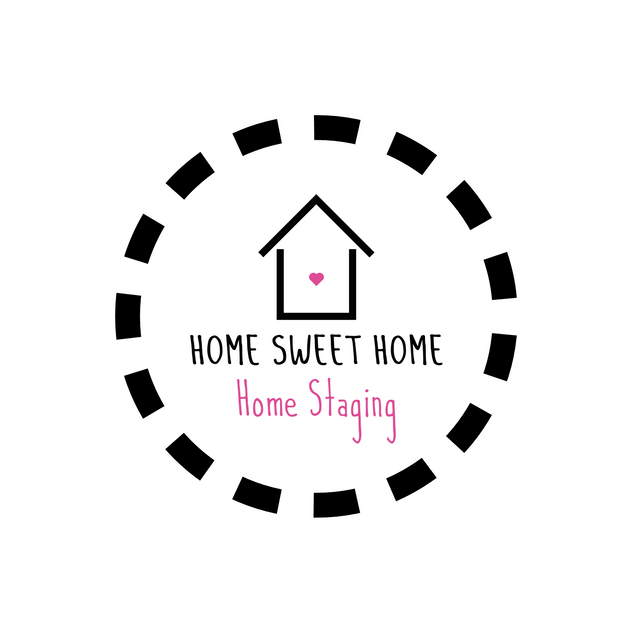 Logo  for an home staging agency