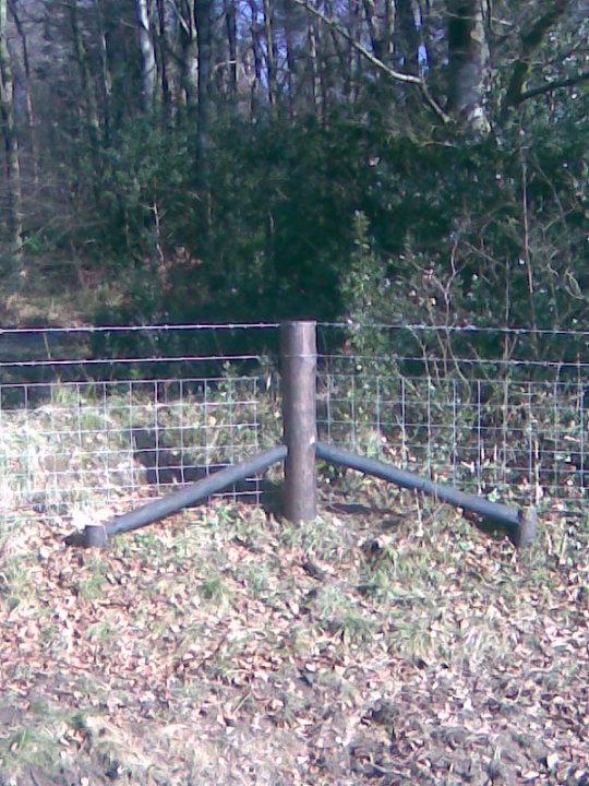 Creosote Corner Strainer Post with 2 struts (props)