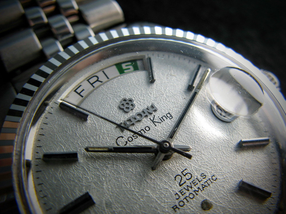 A Titoni Cosmo King might be a dream piece for a collector, especially one with a dial like this.