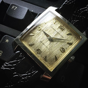 Vintage watches: Would you even adjust the time on them?