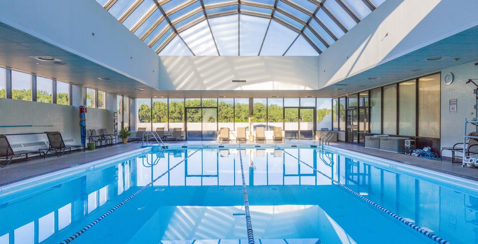 glenpointe spa and fitness pool.jpg