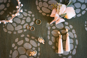 Hawaii Wedding_Accessories