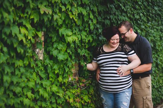Hillsdale Michigan Maternity Photography