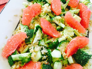 Broccoli, pink grapefruit and quinoa salad