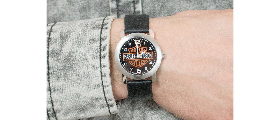 Reloj de pulsera de cuero Harley-Davidson® Bar & Shield para hombre