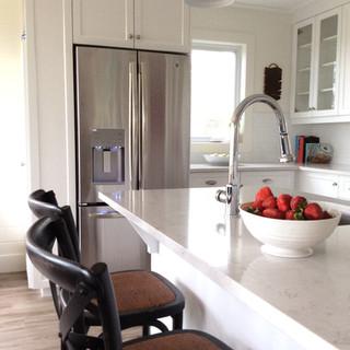 Classic update cottage kitchen