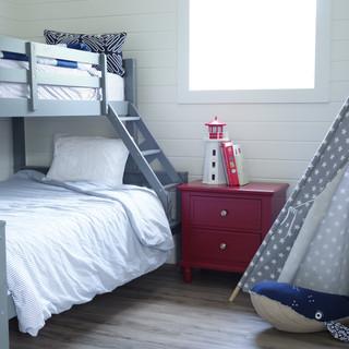 Kids cottage bedroom