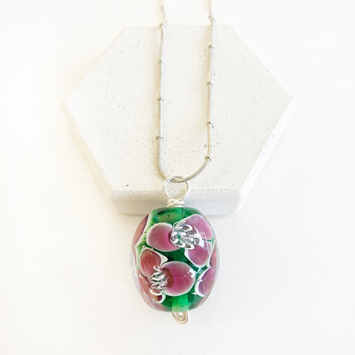 Encased Flower Pendant - Green with Pink
