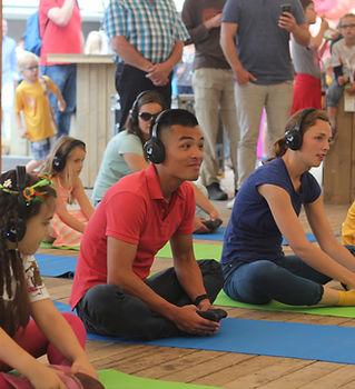 silent-yoga-Nijmegen-zomerfeesten-silent