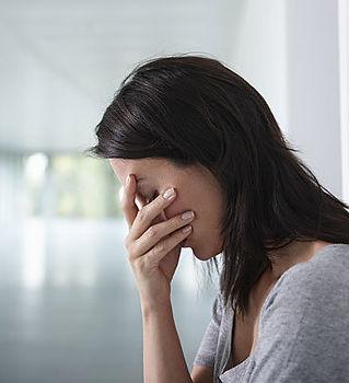 depressed-woman-400x400.jpg