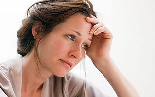 woman-depressed-anxious-lonely_oncology-