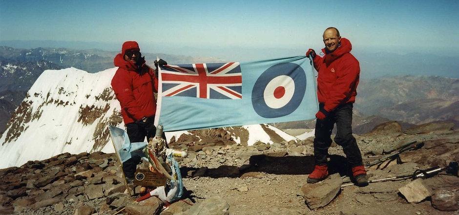 20010206 Aconcagua Summit (6961m) Russel