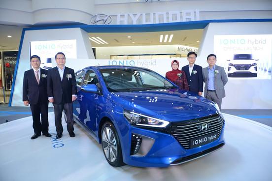 PHOTO 1 Launch of the Hyundai IONIQ (Gro