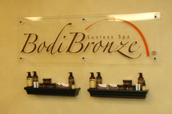 BodiBronze Display Wall