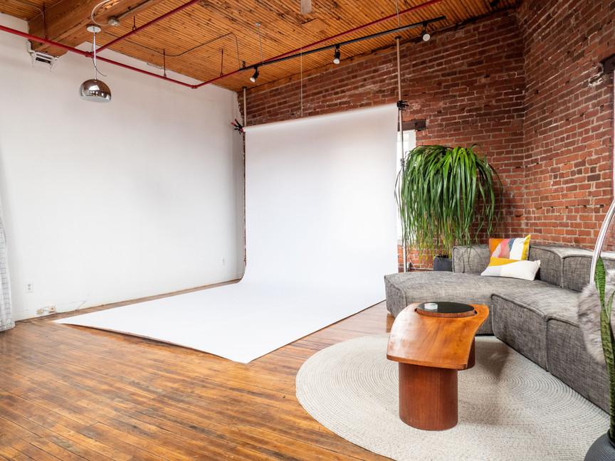skylight loft studio-1844442.jpg