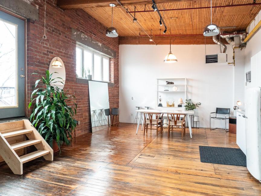 skylight loft studio-1844494.jpg
