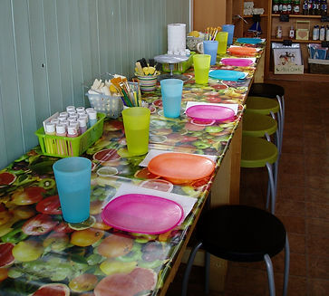 Pottery painting events in Lincoln