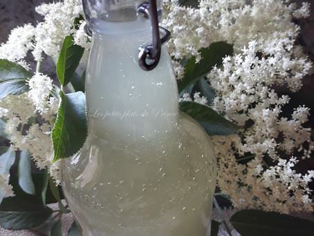 Limonade 100% naturelle à la fleur de sureau (Socata - Elderflower lemonade)