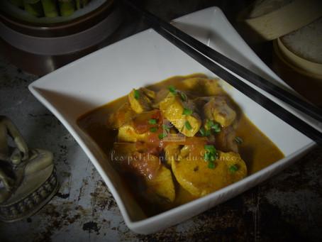 Poulet Thaï au curry rouge et lait de coco