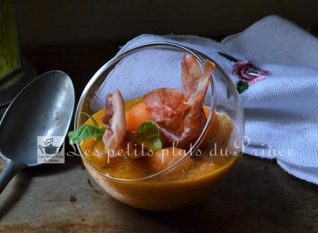 Gaspacho melon-tomate et basilic façon basque