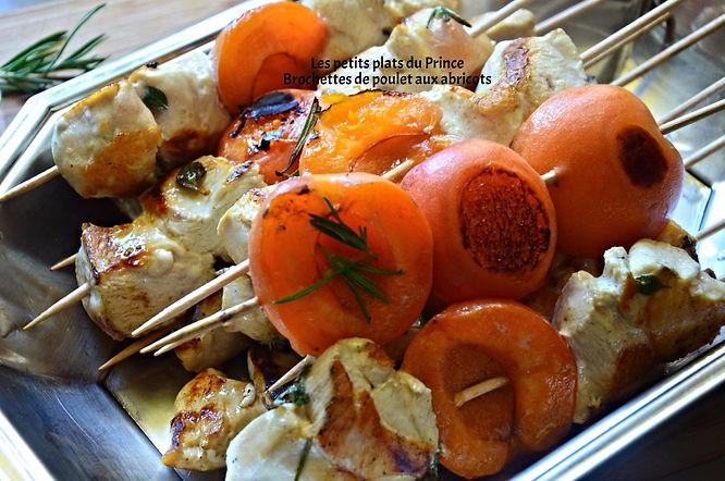 Brochettes de poulet aux abricots