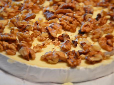 Fromage de Brie farci aux noix