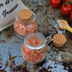 Sel aux épluchures de tomates