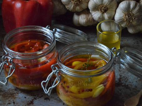 Conserves de poivrons marinés à l'huile et à l'ail