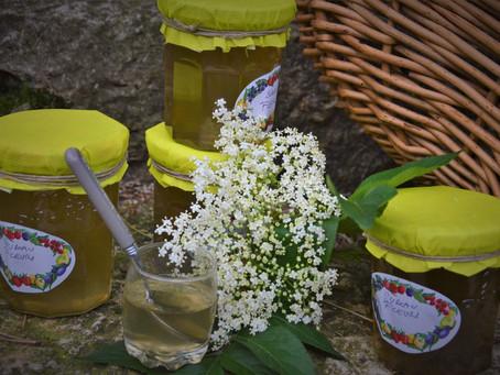 Gelée de fleurs de sureau noir