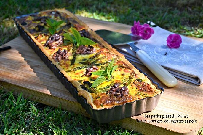 Tarte asperges, courgettes et noix