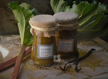Confiture de rhubarbe de jardin à la vanille