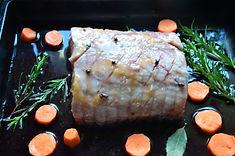 Rôti de porc au vin rouge et aux épices
