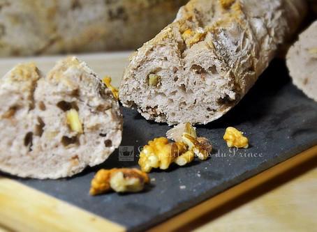 Pain aux noix au levain fait maison