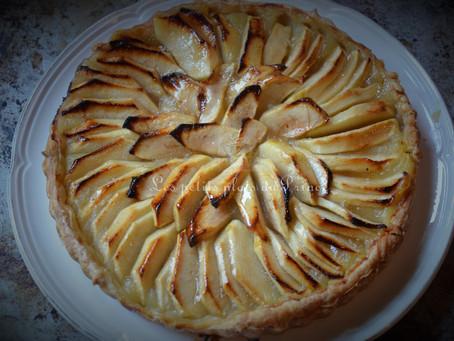 Tarte aux pommes sur compote, la recette de Grand-mère
