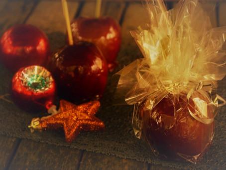 Pommes d'Amour comme une boule de Noël
