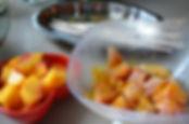 Brochettes de poulet et pêche