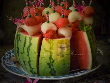 Gâteau rouge et blanc pastèque et melon