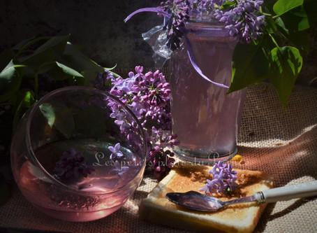 Gelée de fleurs de lilas du jardin