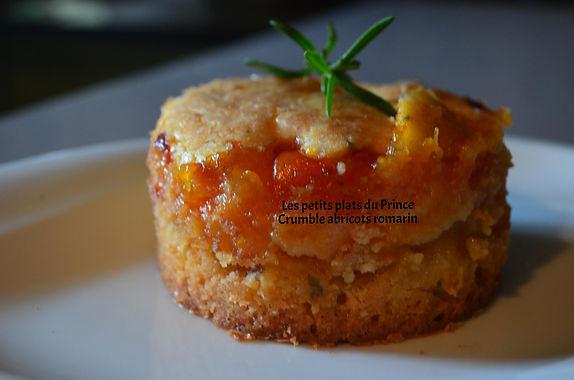 Crumble abricots romarin