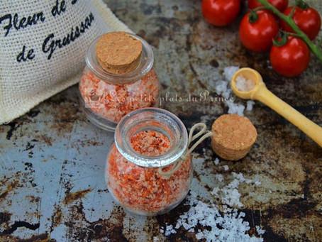 Sel aromatisé aux épluchures de tomate
