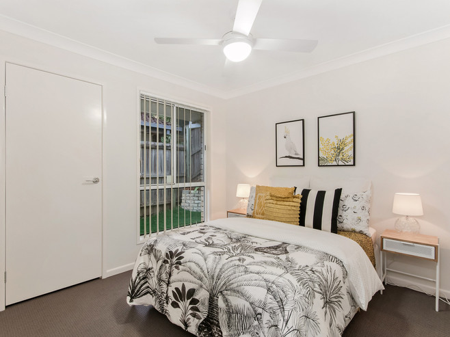 15 Bedroom 2.jpg