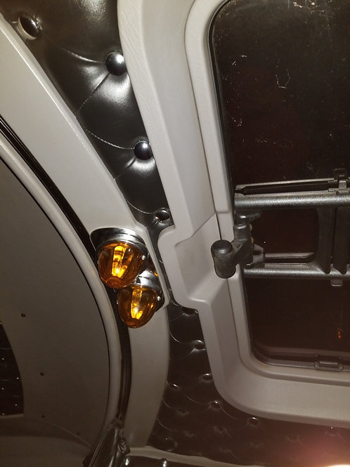 KW 06 and newer center Dome Light