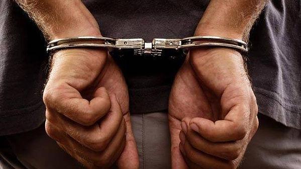 handcuffs-story_647.jpeg