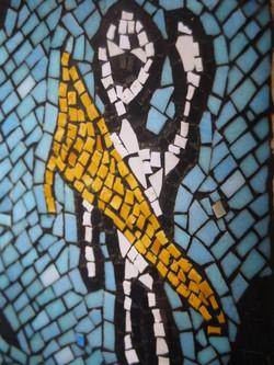 Designs into mosaic