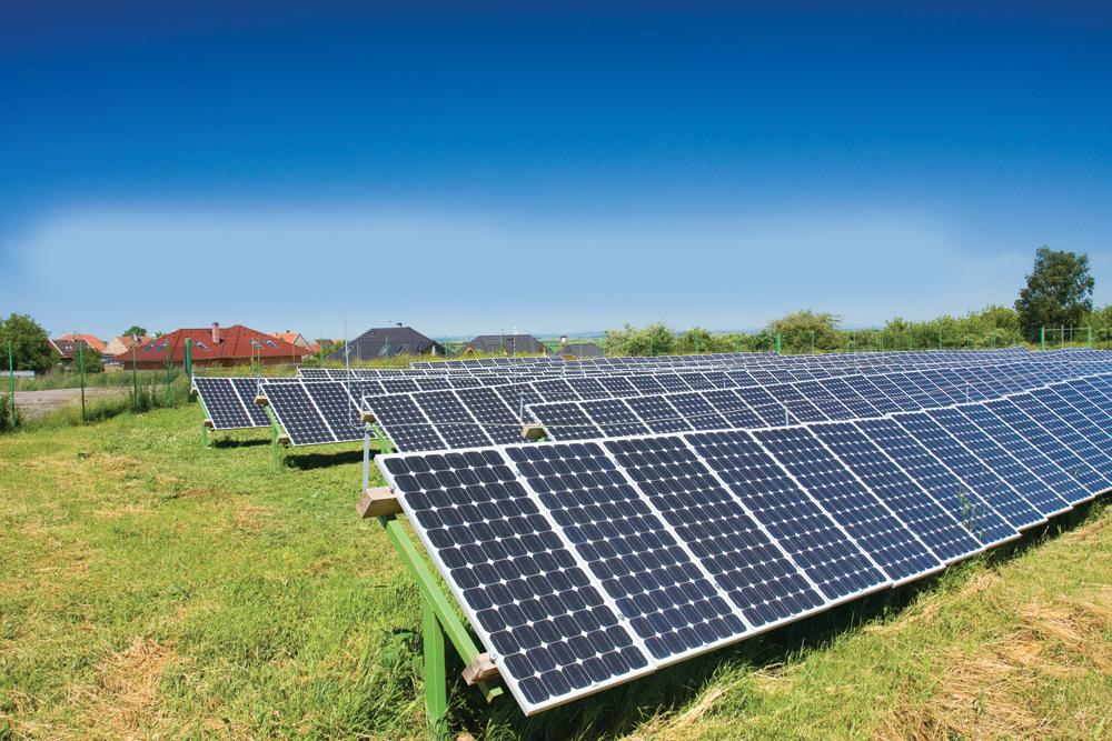 small-solar-panels_53176360_LR2