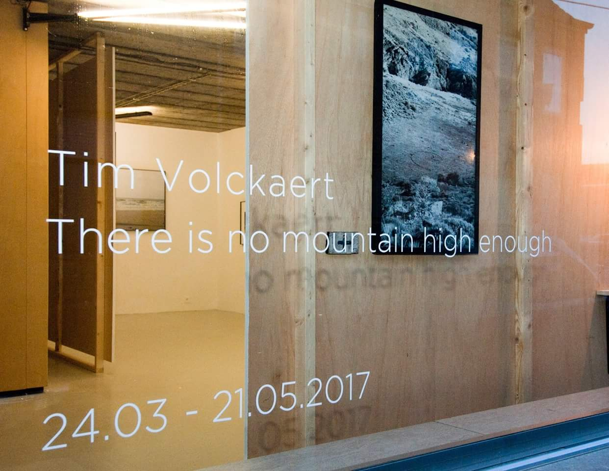 2017-Architectenbureau Knap-Scenografie-There is no mountain high enough-Tim Volckaert-expo-Bruthaus