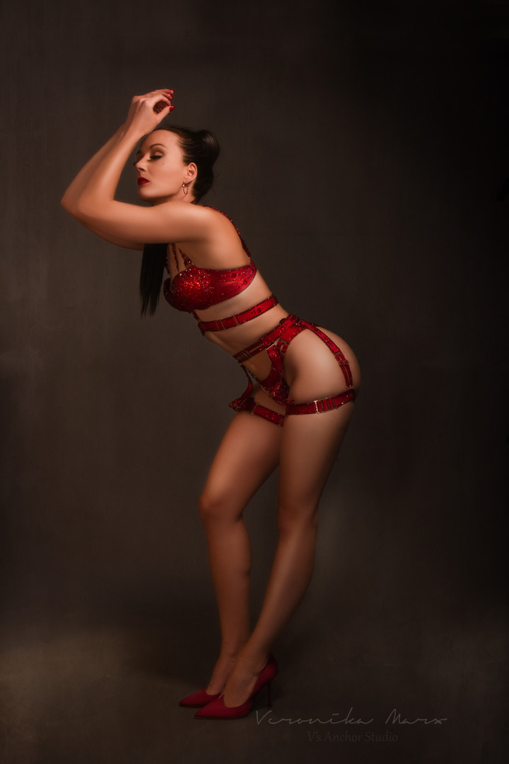 Ulrike Storch Ruby Red