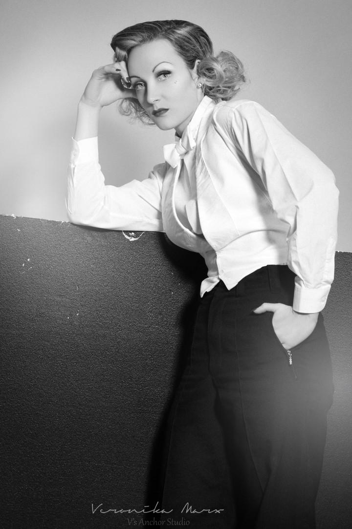 Ulrike Storch - Marlene Dietrich