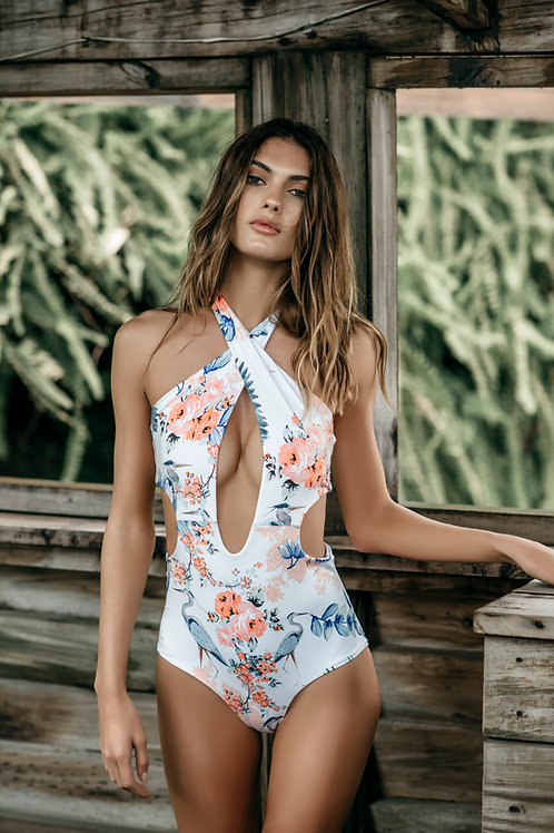 Boamar Apple one piece: white flower