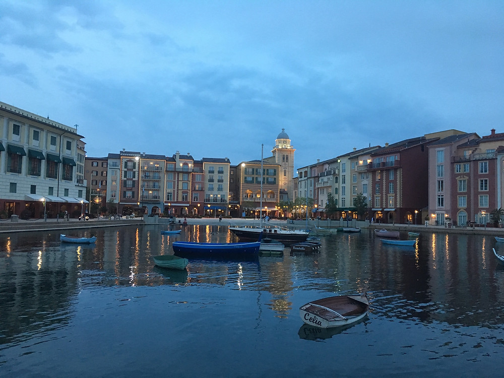Lowes Portofino Bay - Musica Della Notte